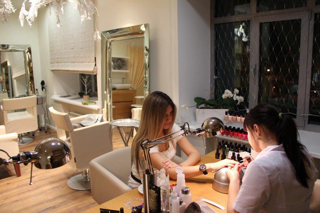 salon allure meeting street