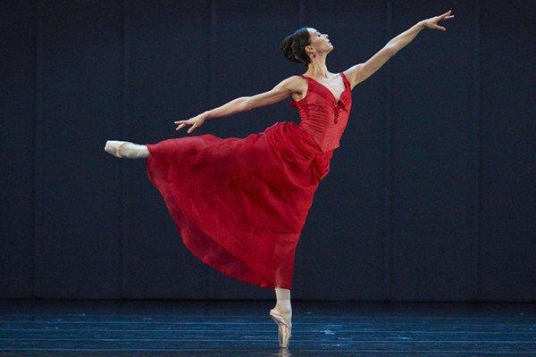 Балетные страсти: как балеринам удается держать идеальную форму