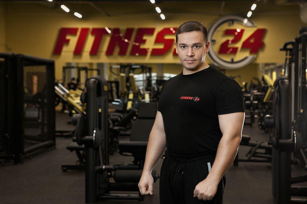 Работа фитнесом тренером в санкт-петербурге: актуальные вакансии.